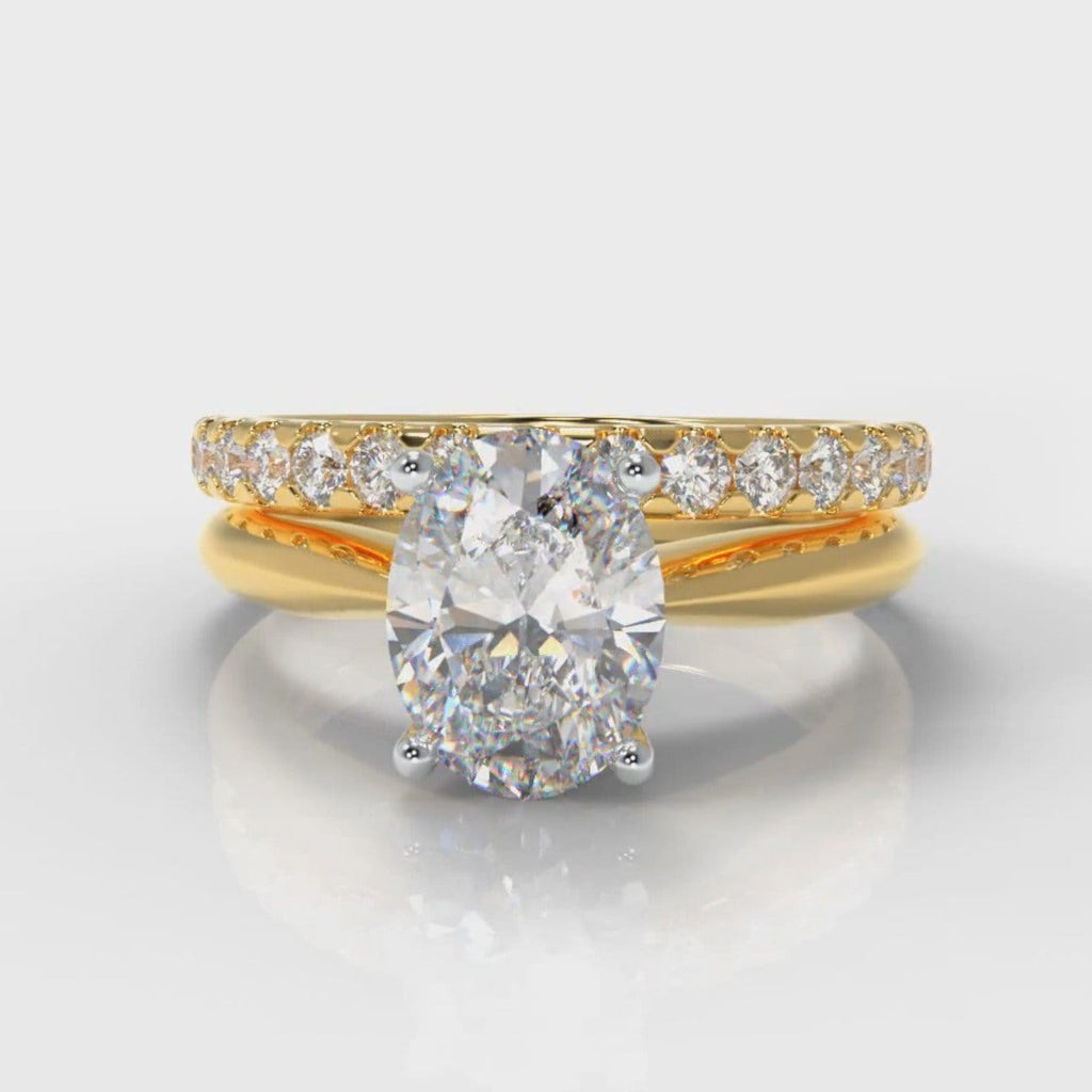 Carrée Solitaire Oval Diamond Bridal Set - Yellow Gold