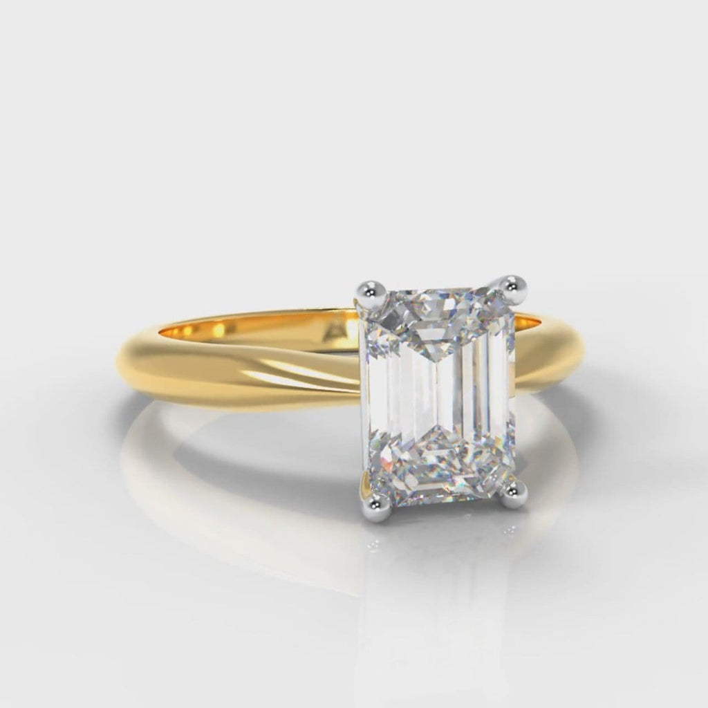 Carrée Solitaire Emerald Cut Diamond Engagement Ring - Yellow Gold