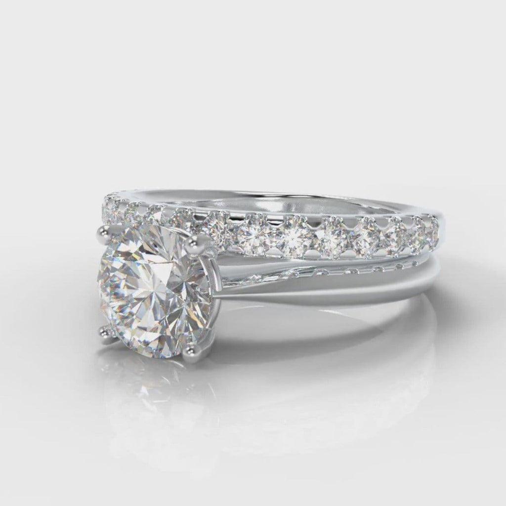 Carrée Solitaire Round Brilliant Cut Diamond Bridal Set
