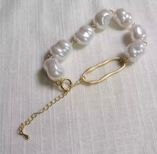 Load image into Gallery viewer, SORRENTO PEARL BRACELET