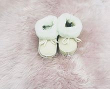Load image into Gallery viewer, Sheepskin Baby Booties - Artemis Brighton