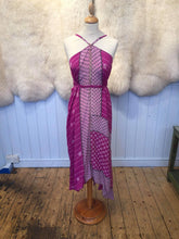 Load image into Gallery viewer, Vintage Indian silk dress - Artemis Brighton