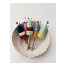 Load image into Gallery viewer, Thirdlee Needle Felted Ornaments
