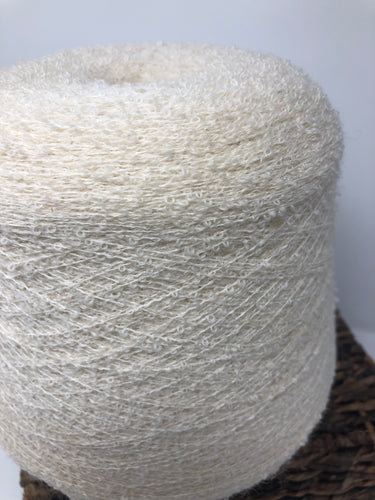 Vintage Spool with Yarn White