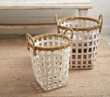 Load image into Gallery viewer, Large Rattan Basket