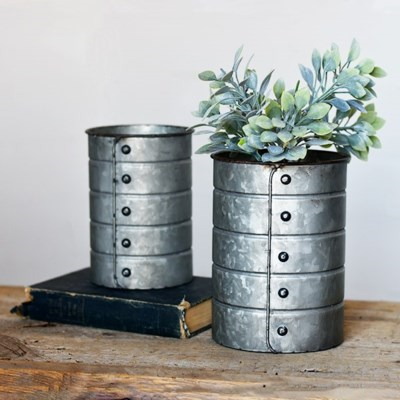 Rivet Tin Can Small