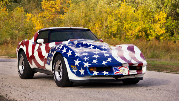 Classic Corvette with American Flag White Hall Drag O Way