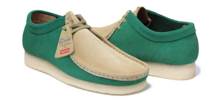 Supreme X Clarks 2-Tone Wallabee Low Green