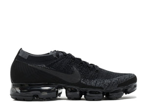 NikeLab Air Vapormax Flyknit 'Triple Black'