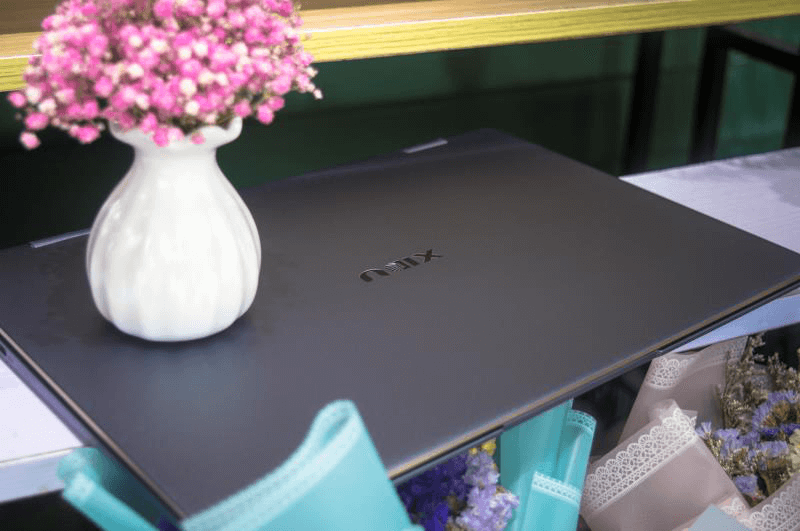 XIDU PHILBOOK MAX THE MOST PORTABLE AND COST-EFFECTIVE LAPTOP FOR 2019