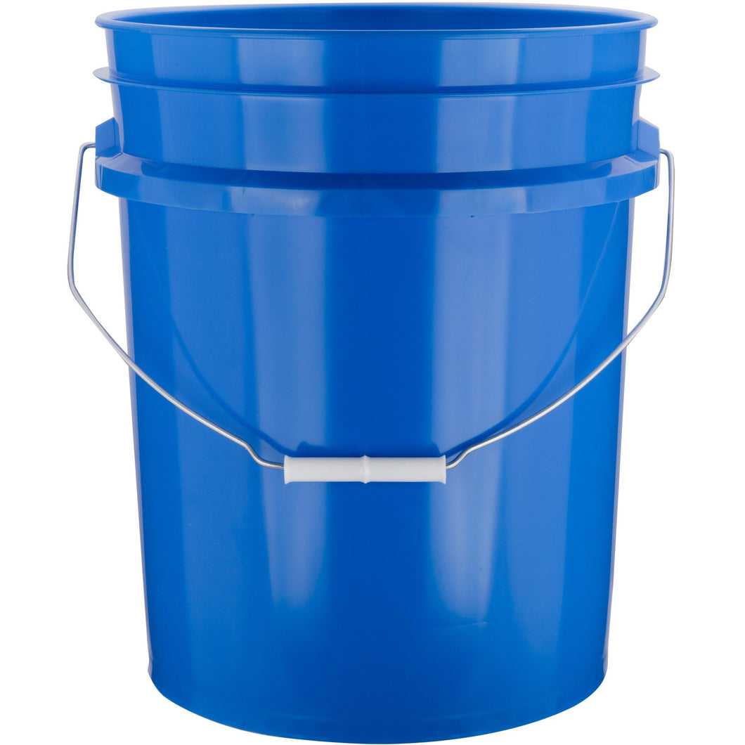 5 gallon plastic pail with lid