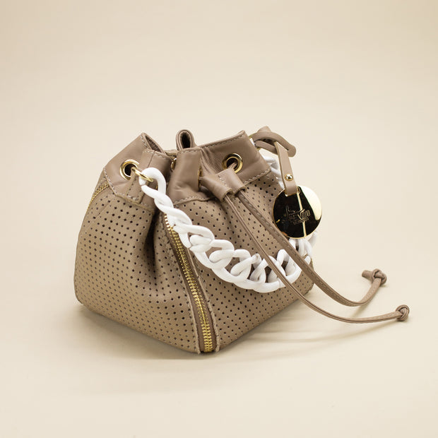 Small bucket bag whit Chain