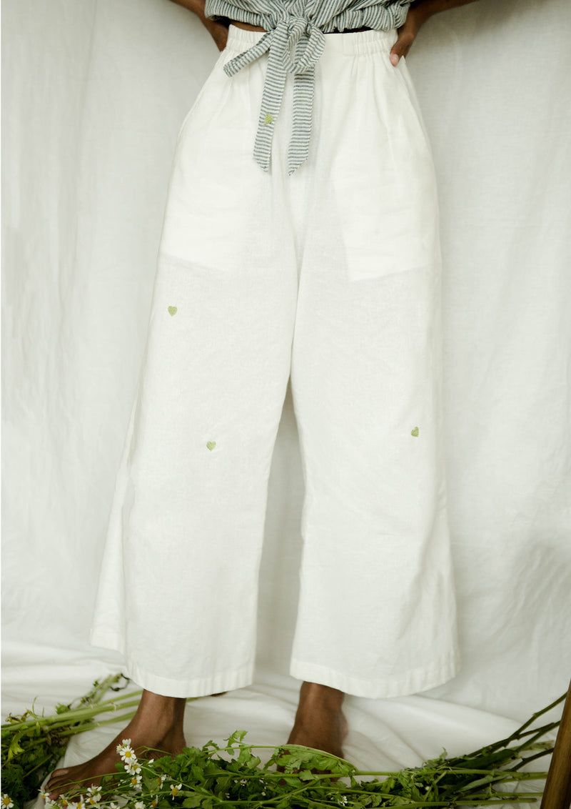 Sui | GREEN ME embroidered, recycled fabric, essential casual white trousers from Basic-ally Sui Basics Collection 2019