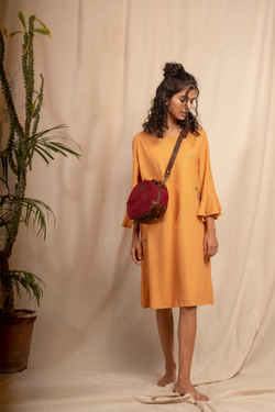 Sui | NEROLI hand-embroidered, naturally dyed hemp knit casual shift dress from Granita Summer Collection 2019