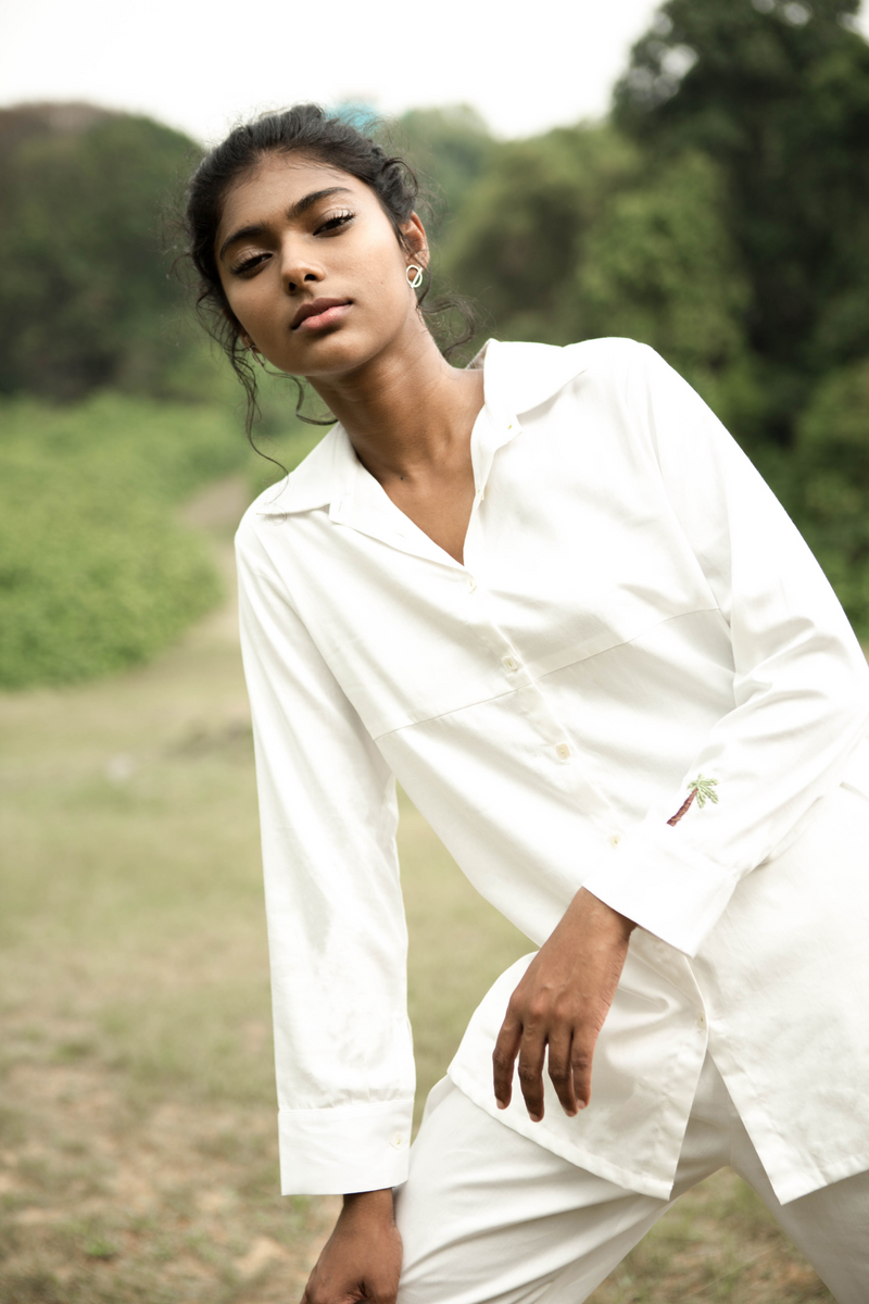 Sui | TIMELESS SUMMER embroidered, organic cotton classic white shirt from Basic-ally Sui Basics Collection 2019