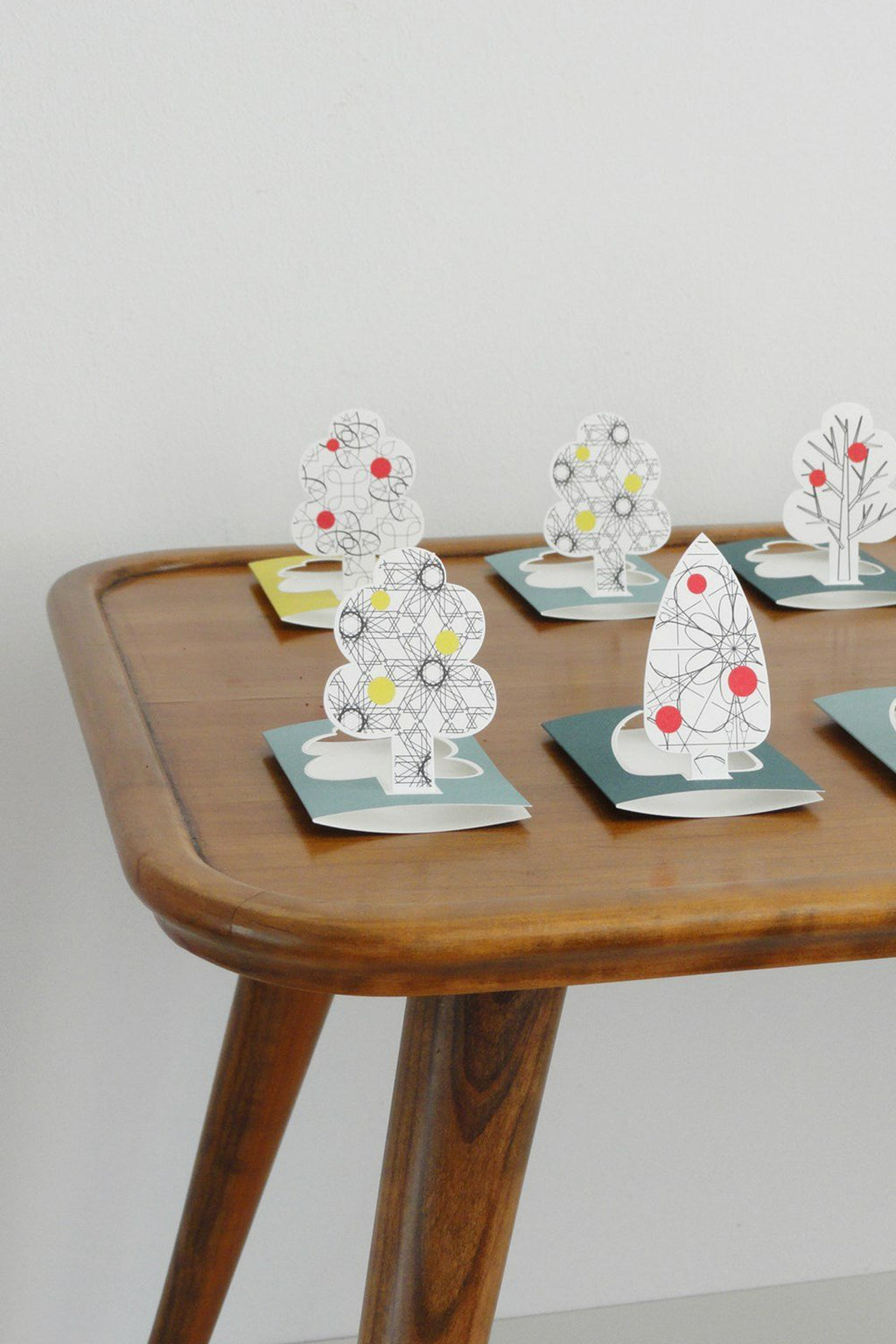 LITTLE TREE pop-up gift card sets