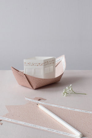 RITE DE PASSAGE paper lightboats