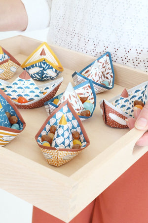 STURDY SHIPS paper boats
