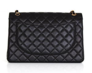 Pepa Lamarca sold this CHANEL Timeless Maxi shoulder bag