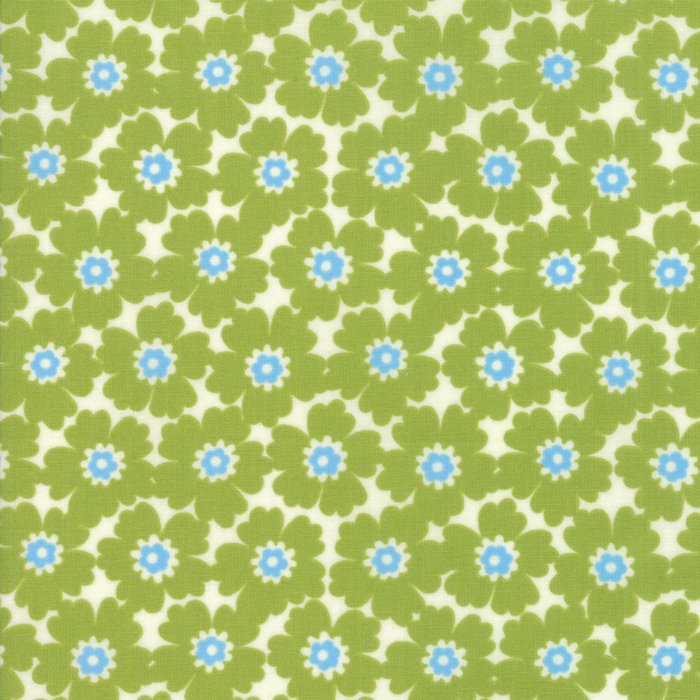 Green Floral Cosmos Fabric</br>END OF BOLT </br>2 yds + 9""