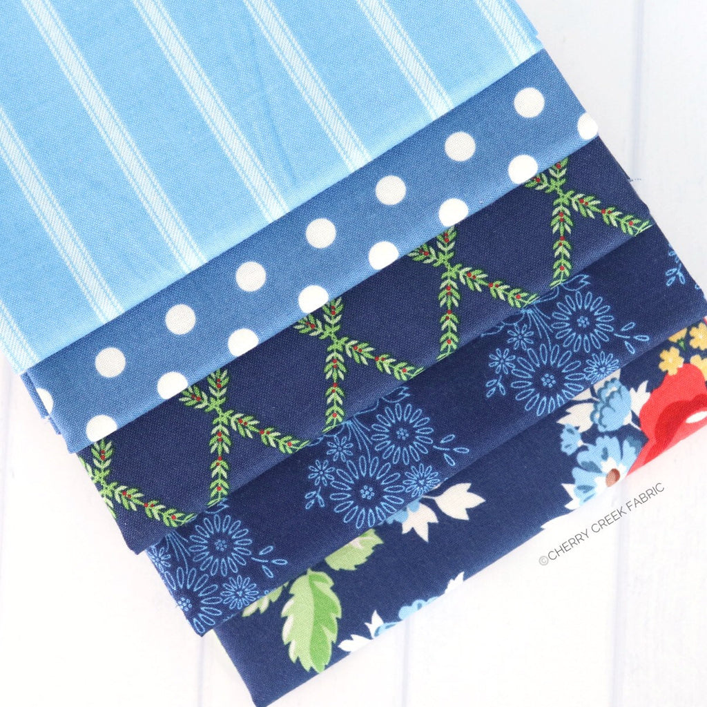 Harry & Alice Blue Fat Quarter Bundle - 5 pieces