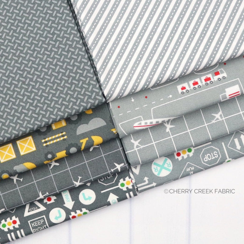 On the Go Grey Fat Quarter - 8 pieces