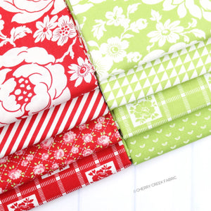 Shine On Red & Green Fat Quarter Bundle - 8 pieces