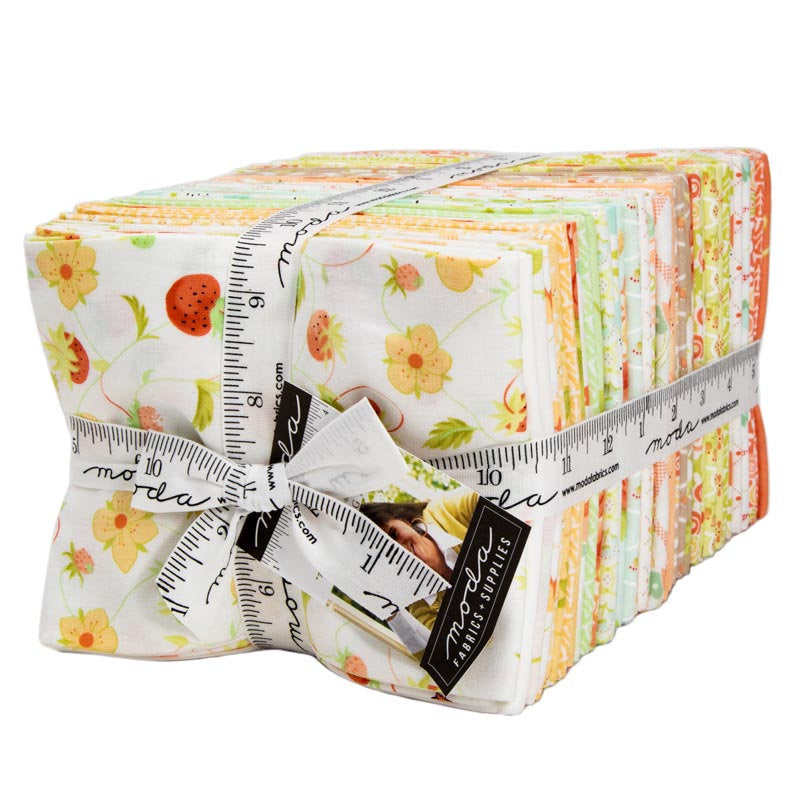 Chantilly Fat Quarter Bundle from Chantilly Collection at Cherry Creek Fabric