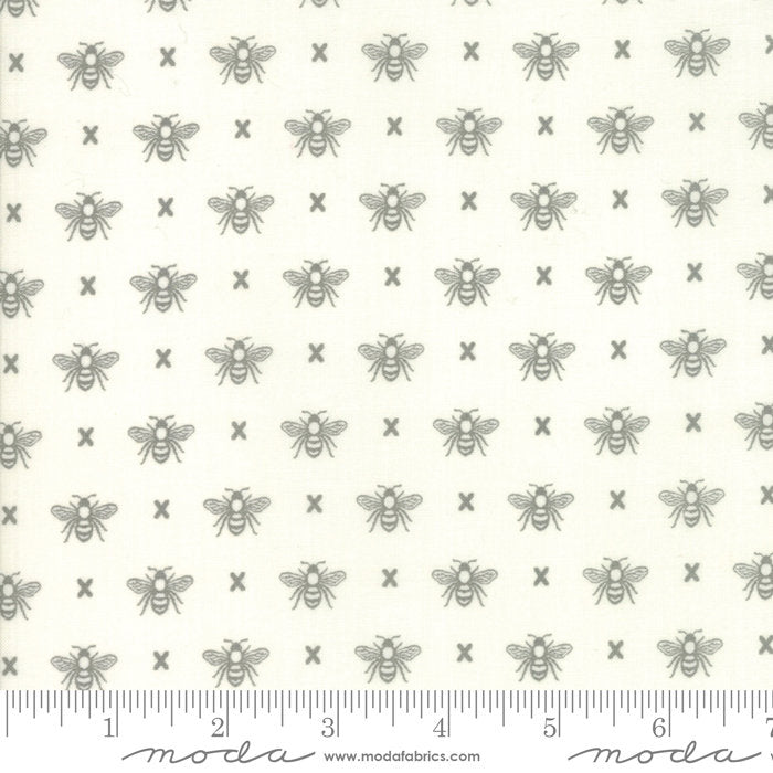 Cream Queen Bee Fabric from Garden Variety Collection at Cherry Creek Fabric