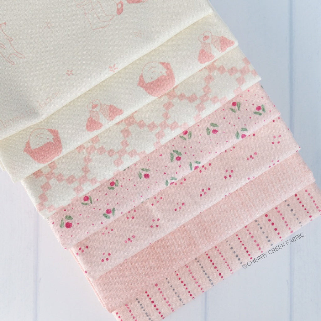 Freya & Friends Pink Fat Quarter Bundle - 7 pieces
