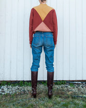 Load image into Gallery viewer, The Nor sweater - Gold/burnt red/rose