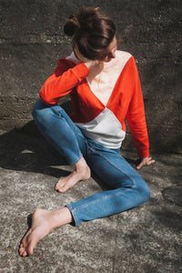 The Nor sweater - Pale peach/poppy red/cream