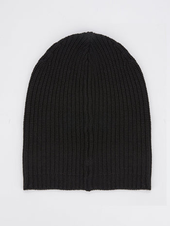 Black Ribbed Beanie Hat