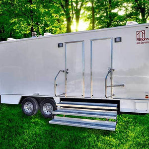 portable shower trailer with multiple stalls