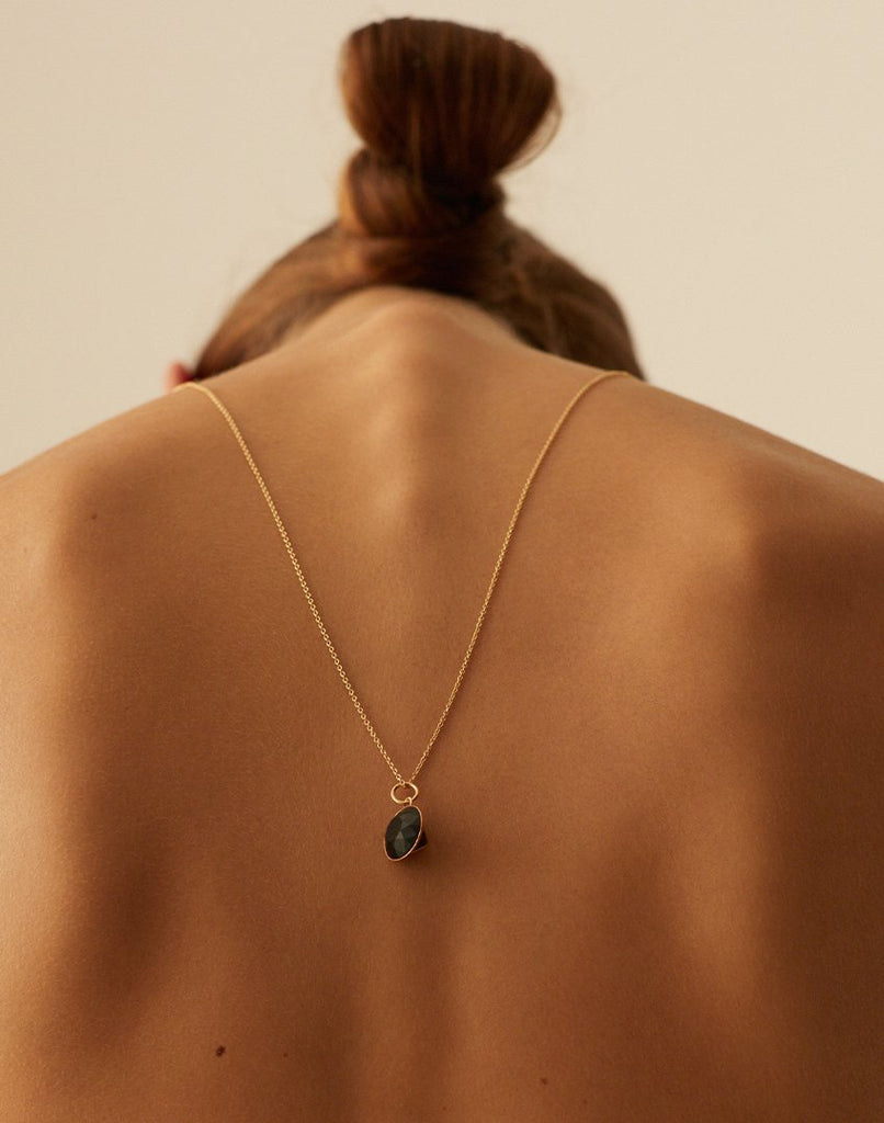 OF ME<br>Necklace, 18k gold