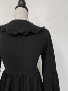Mourning Dress (Adults)