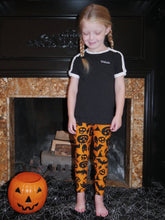 Load image into Gallery viewer, Oooky Spooky Leggings (Kids)
