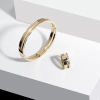 minimal gold ring with stones