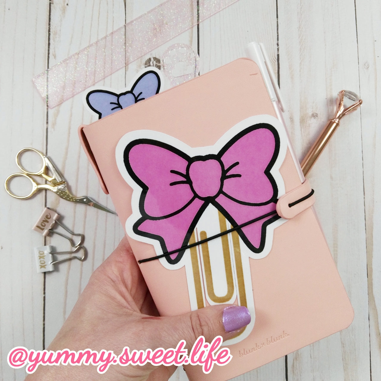 Big Die Cut Paperclip Bow