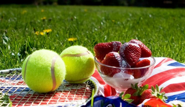 Throwing a Wimbledon Themed Tennis Party | Wimbledon Themed Food, Drink, Decorations, Games & Ideas