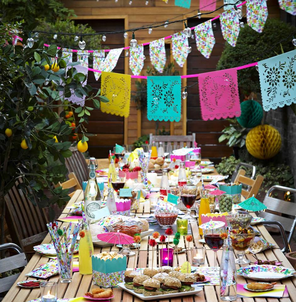 Mexican Fiesta Inspired DIY Wedding Theme Ideas | Brightly Coloured Wedding Decorations