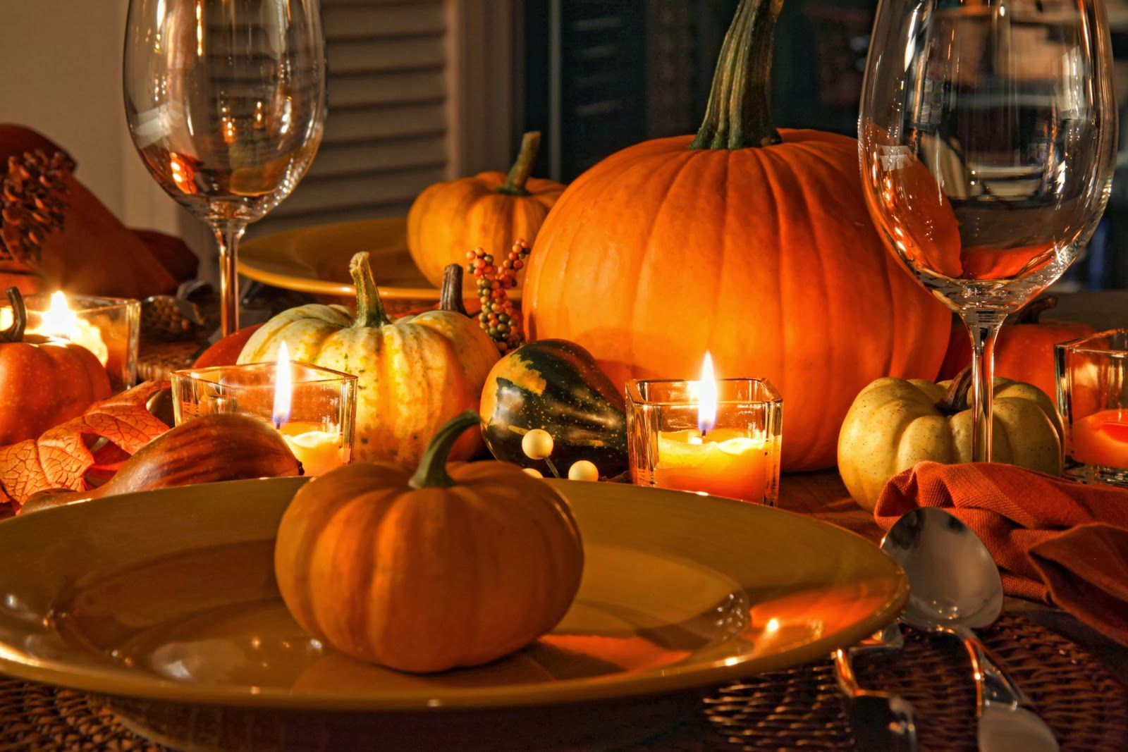 3 WAYS TO DECORATE THE TABLE FOR THANKSGIVING