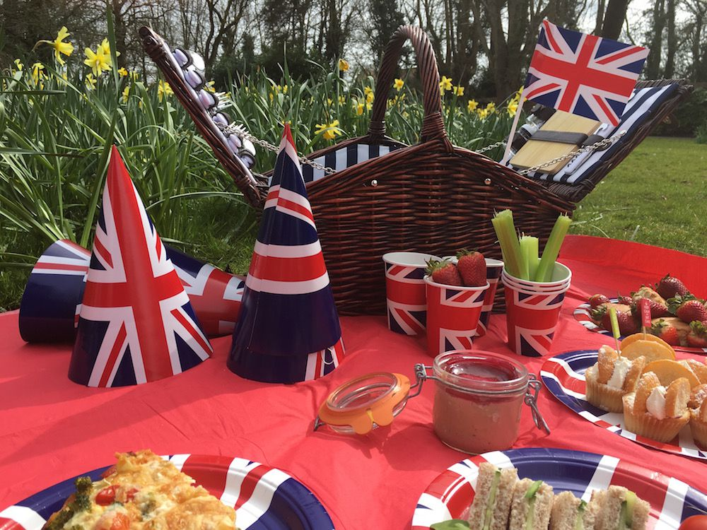 Summer Picnic Ideas | Best of British Party & VE Day Celebrations