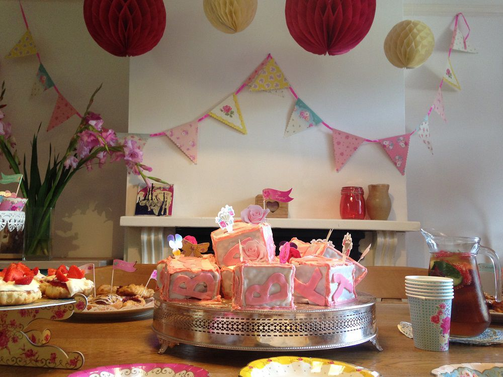 Baby Shower Party Ideas | Baby shower food, games and decorations
