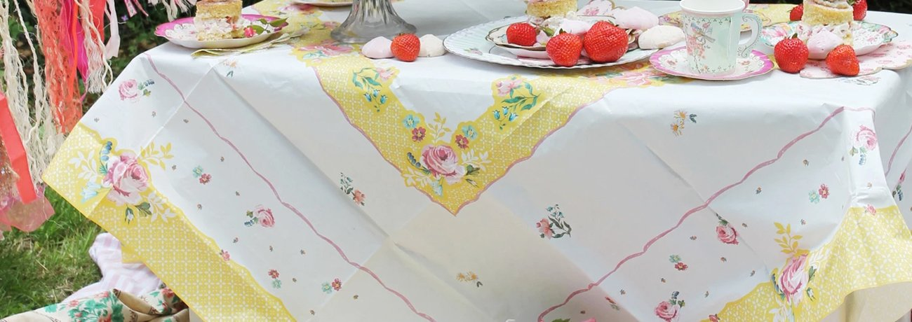 paper christmas tablecloths