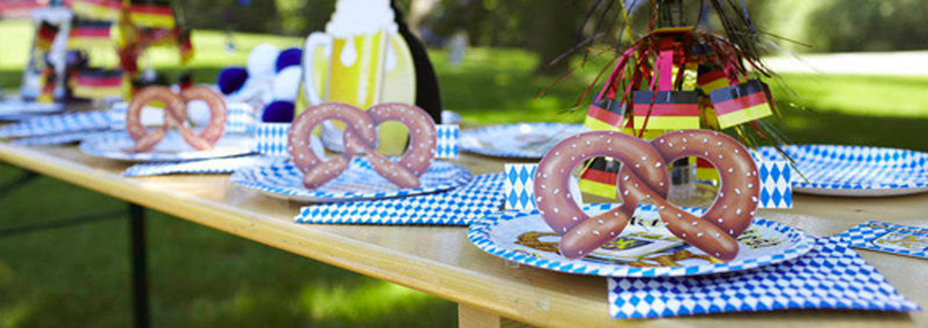 Oktoberfest Decorations & Tableware