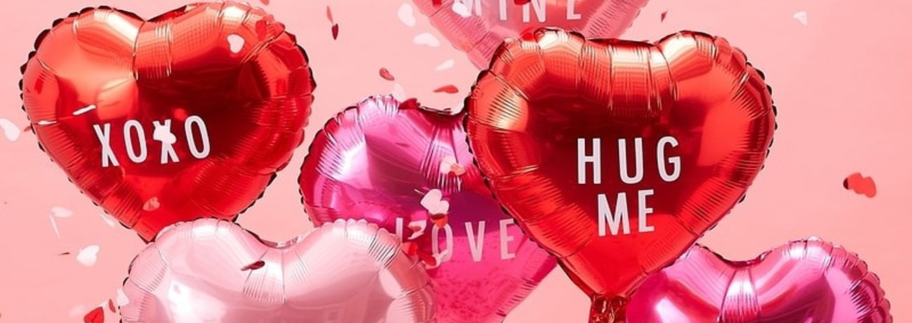 Valentine's Day Balloons & Accessories
