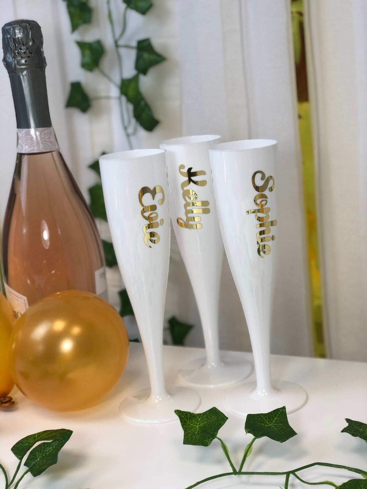 Gold Text Personalised Champagne & Prosecco Flute Glass White - 175ml - Each