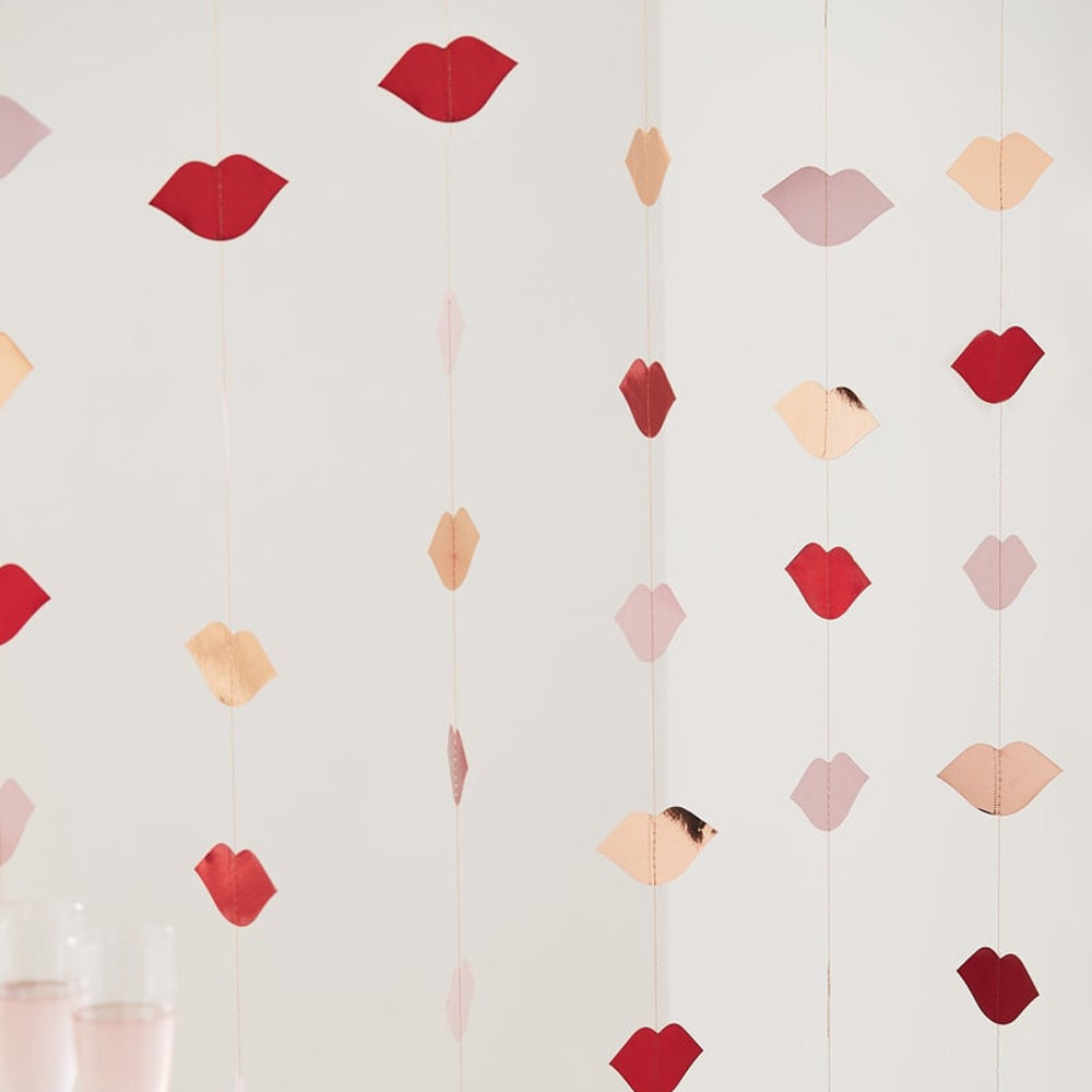 Rose Gold & Red Foiled Lip Backdrop - 6 x 1.5m Strings