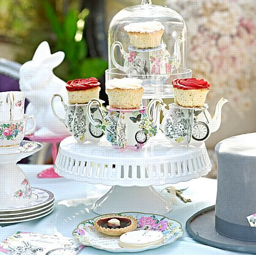 Truly Alice Teapot Cake Stands - Pack of 6